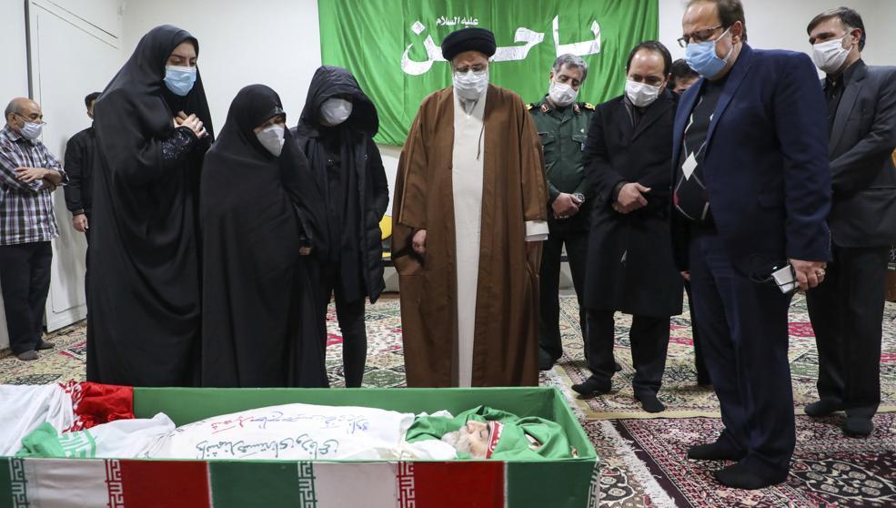 Rohani en el funeral de Mohsen